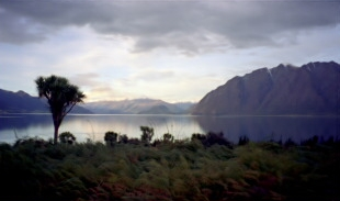 Lake Hawea�s dusklight magic